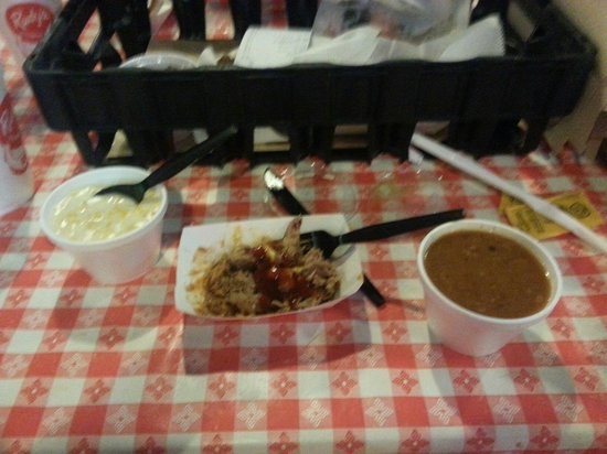 Rudy's Country Store and Bar-B-Q: Pulled pork, cream corn, Rudy's beans