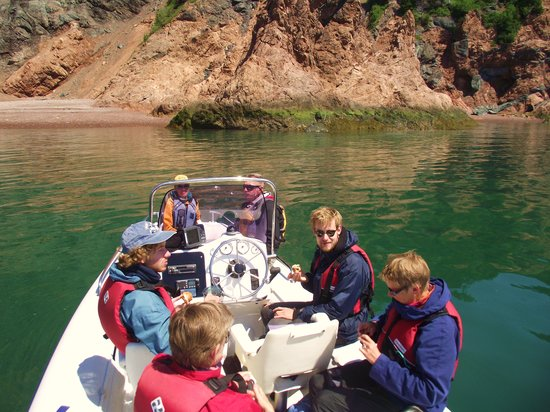 Relaxing on the Bay of Fundy with Advocate Boat Tours