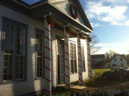Sherbrooke Village : Home of Nova Scotia's largest Christmas festival