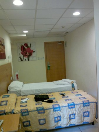 Bayview Hotel & Apartments: room