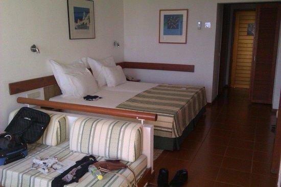 Hotel Baia Cristal: Bed