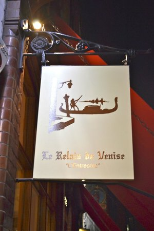 Le Relais De Venise - Marylebone : front entrance and sign