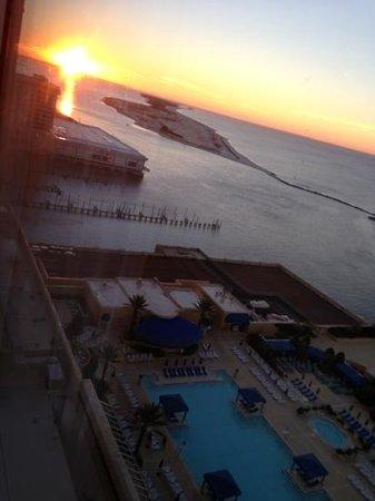 Beau Rivage Resort & Casino Biloxi: sunrise