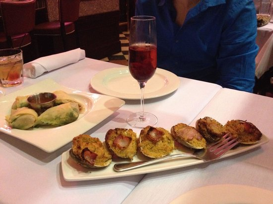 Hemenway's Seafood Grill & Oyster Bar : Tuna roll and clams casino!!