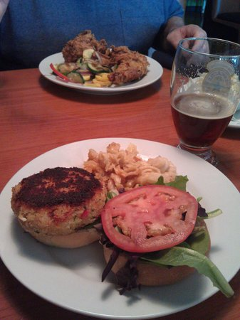 The Green Goat Food & Drink: Crab Cake Sandwich with New Castle mac and cheese