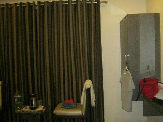 Hotel Flair Inn: Room view