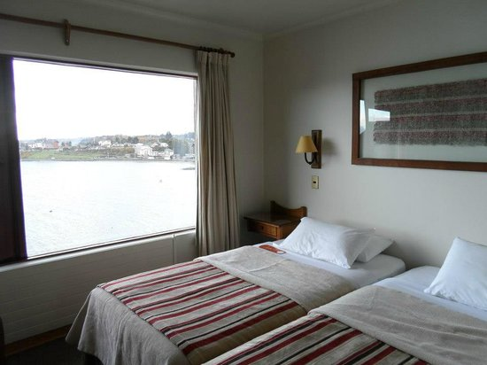 Hotel Cabana del Lago: Ao fundo Lago Llanquihue