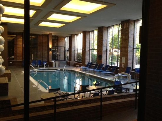 Hilton Parsippany : Hilton pools