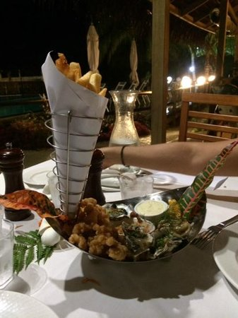 Aquana Beach Resort: Seafood Basket