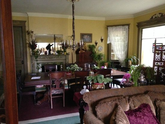 Viroqua Heritage Inn: Lovely dining area