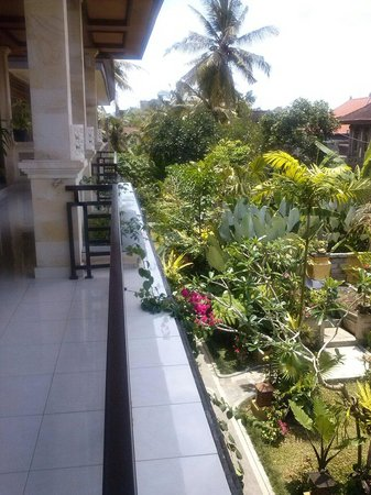 Frangipani Bungalows: view from the balcony..