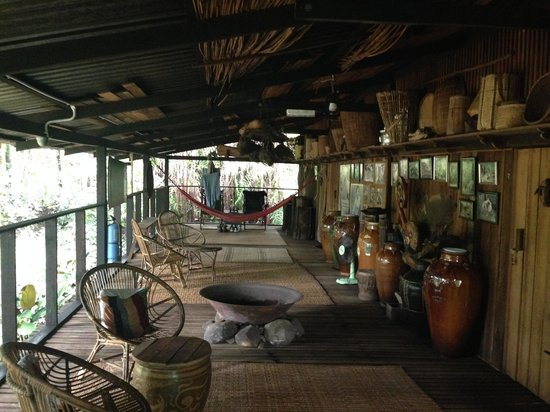 The Kebun: The rest area of the longhouse
