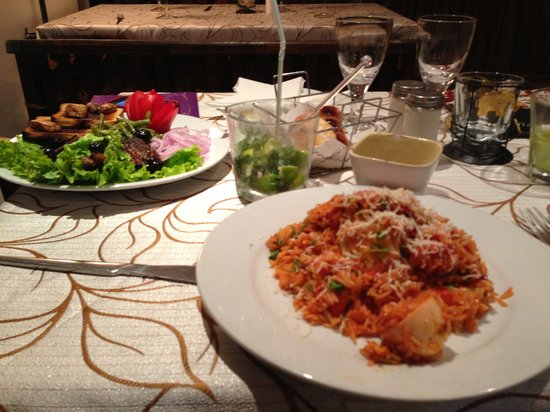 Brajas Hotel Restaurant : Meal