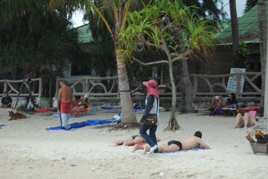 Lamai Coconut Beach Resort: playa