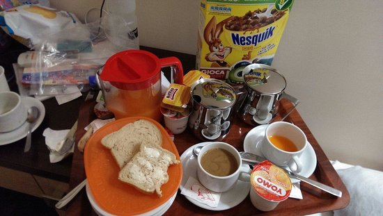 Clarian Affittacamere: Hotel breakfast. They buy then at a local supermarket I think