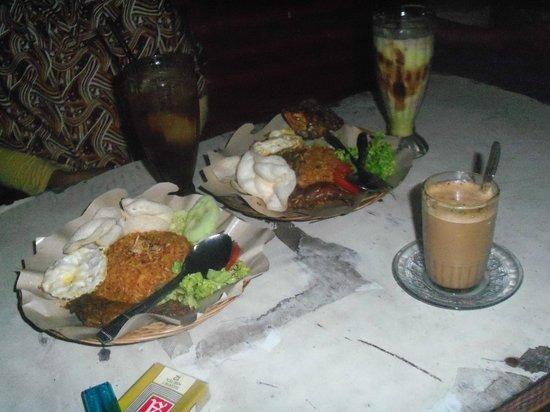 Rumah Makan Nasi Goreng Bang Totok Payakumbuh Restaurant
