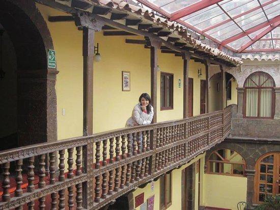Cusco Plaza: En los balcones del hotel