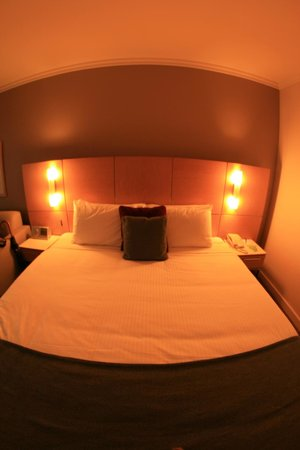 Stamford Grand Adelaide: Deluxe Room