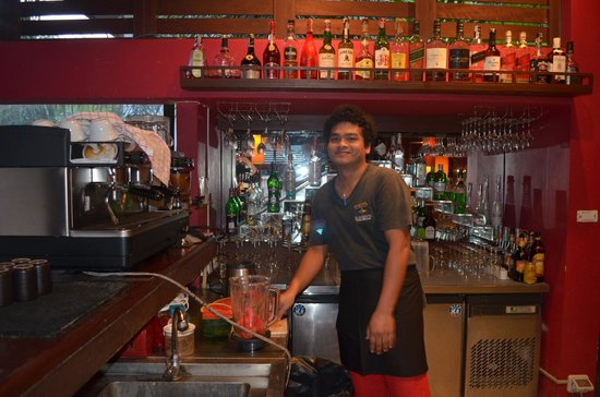 Elements Boutique Resort & Spa Hideaway: the main bar