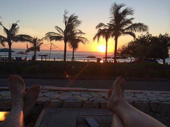 Bali Niksoma Boutique Beach Resort : Sunset at Niksoma