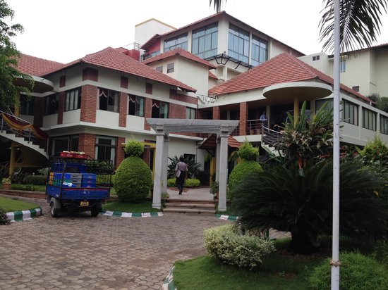 Ruchi the Prince: Ruchi - the main building