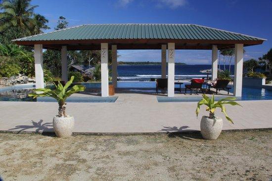 Nasama Resort: Sheltered pool deck
