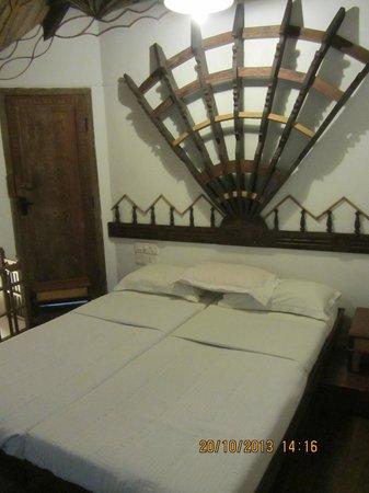 Hotel Ambadi : Bedroom