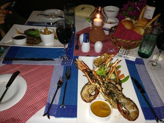 Cinnamon Hakuraa Huraa Maldives: honeymoon dinner at crabs restraurant