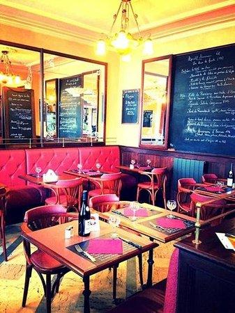 Brasserie Restaurant Le Strasbourg Place Des Vosges Nancy