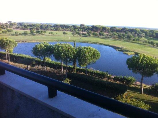 Precise Resort El Rompido - The Apartments : vue du séjour de la suite 1329