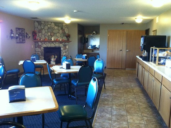 Vernon Inn and Suites: Dining Room