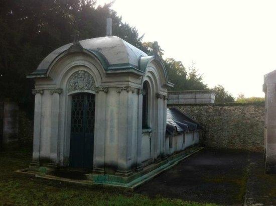 Chapelles des familles Berthier de Wagram et Murat
