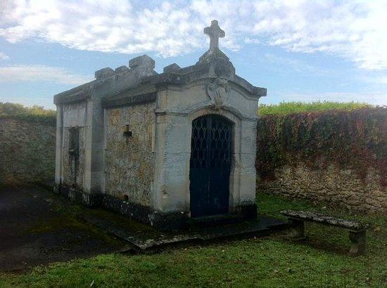 Chapelles des familles Berthier de Wagram et Murat: Chapelle de la famille Murat