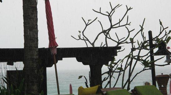 Baan Samui Resort : Even when its raining