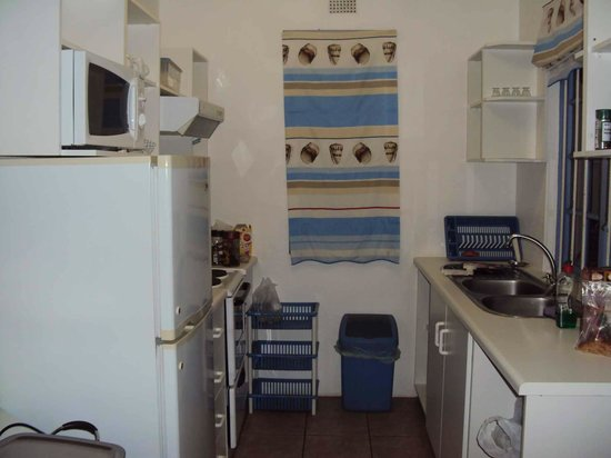 The Merry Crab: Kitchenette