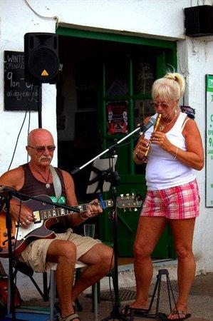 Los Pescaditos: Dave and wife.