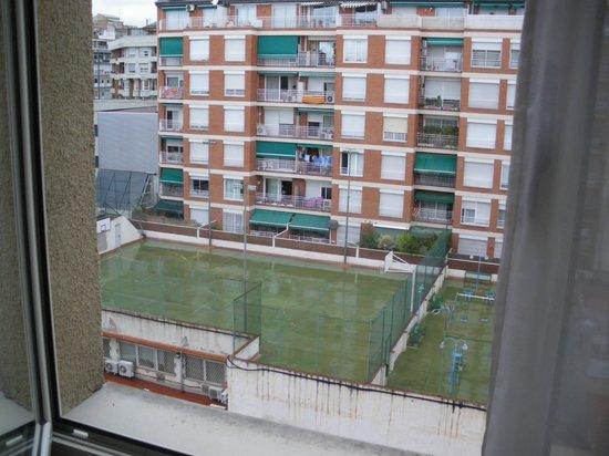 Hotel Sagrada Familia : Blick aus dem Fenster in den Innenhof