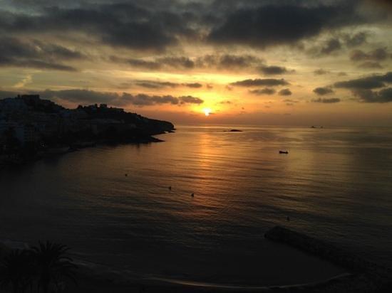 Hotel Ibiza Playa: Poco dopo l'alba...