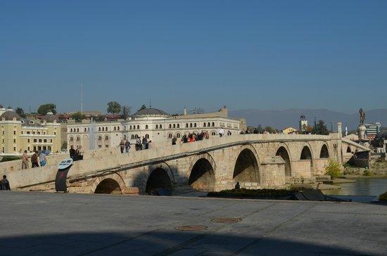The Stone Bridge : Old stone bridge
