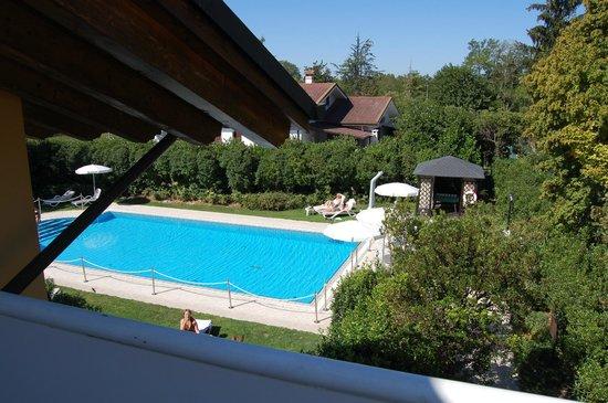 Borgo Ca dei Sospiri: Lovely cool swimming pool, very clean
