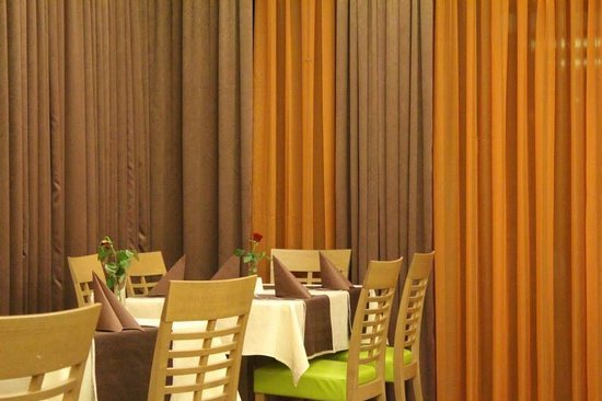 Safir Hotel Casino: Ristorante