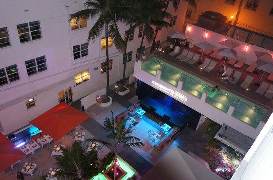 Hotel Breakwater South Beach: вид из номера