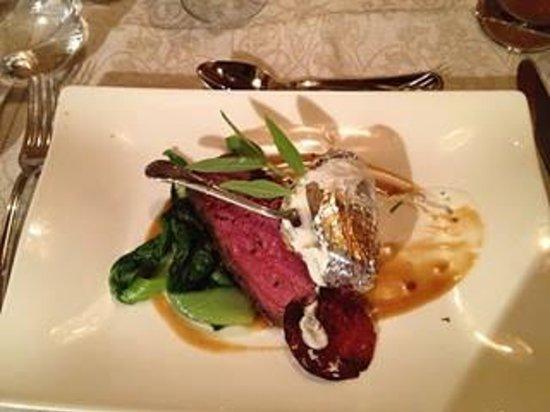 BERGERGUT Loveness & Genussatelier: Abendessen