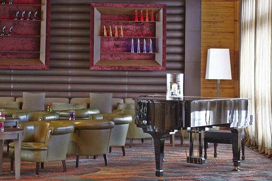 Glassbar 1850: Glassbar 1.850 , bar de Sport Hotel Hermitage & Spa 5*