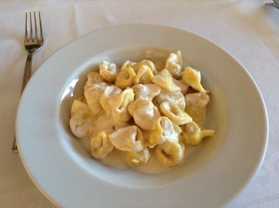 Ristorante Due Portoni: Tortellini..