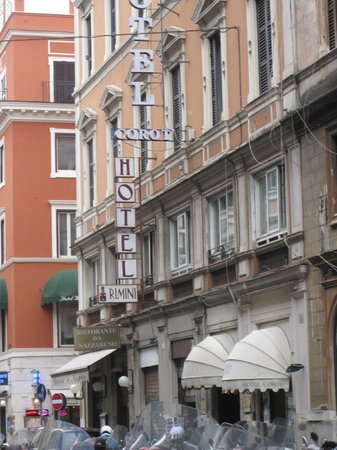 Hotel Rimini: front of the hotel