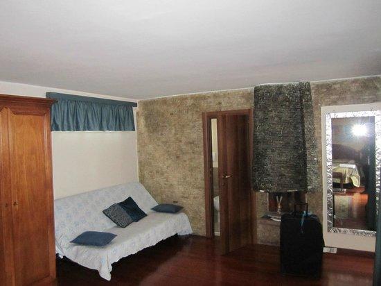 Hotel Rimini: The lounge area