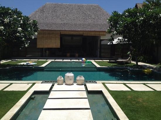 Nyaman Villas : Paradise