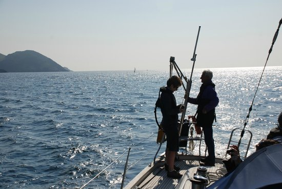 Carbery Sailing: Sailing in Dunmanus Bay
