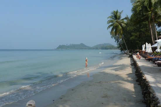 Panviman Koh Chang Resort: beach